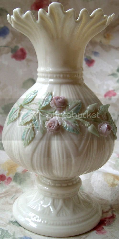 1981 Belleek Porcelain Rosebud Ribboned Vase